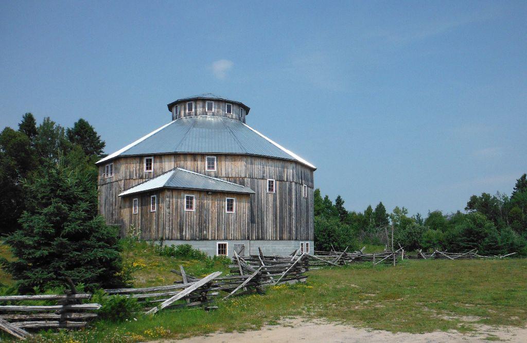 Historic Cordukes/Weber 12-Sided Barn